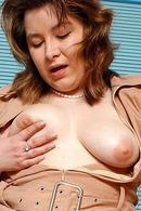 Felicia B